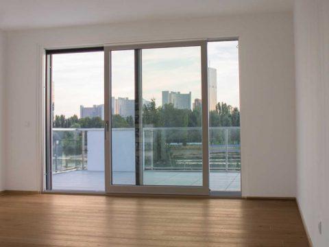 Panoramafenster neues Wohnhauses An der alten Donau